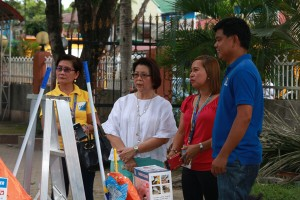 Awarding of Housekeeping tool kits to 4Ps beneficiaries (3)