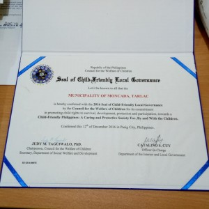 Awarding of Seal of Child-Friendly Local Governance in the Province of Tarlac (2)