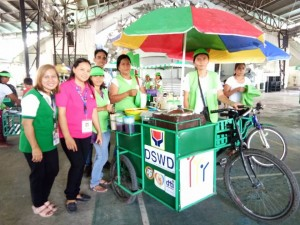 Distribution of nego cart to 73 beneficiaries of Moncada (10)