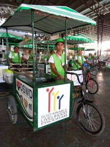 Distribution of nego cart to 73 beneficiaries of Moncada (3)