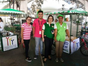 Distribution of nego cart to 73 beneficiaries of Moncada (6)