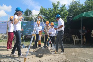 Ground Breaking Ceremony for the IBUILD Subproject - Moncada Tarlac (28)