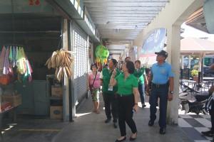 Operation Linis @ Moncada Public Market  on May 11, 2017  (27)